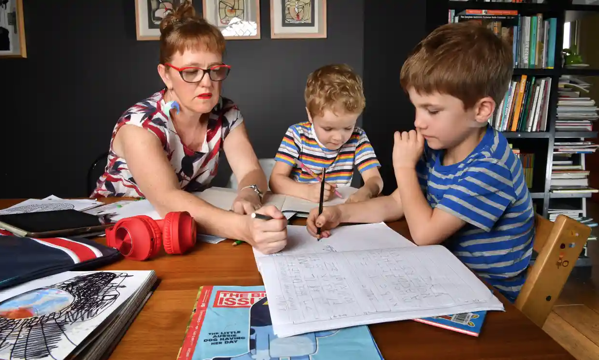 https://www.theguardian.com/global/2021/aug/21/memo-to-parents-and-carers-on-home-schooling-dont-panic-and-dont-feel-guilty?CMP=Share_iOSApp_Other